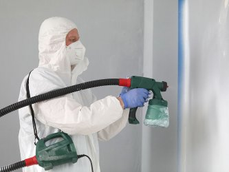 Why is Spray-painting Northwest London a feasible option?